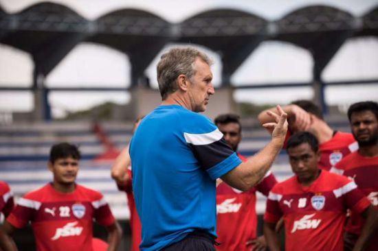 Albert Roca en entrenamiento del Bengaluru FC 1